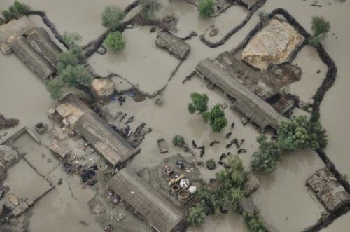 Massive-floods-in-pakistan